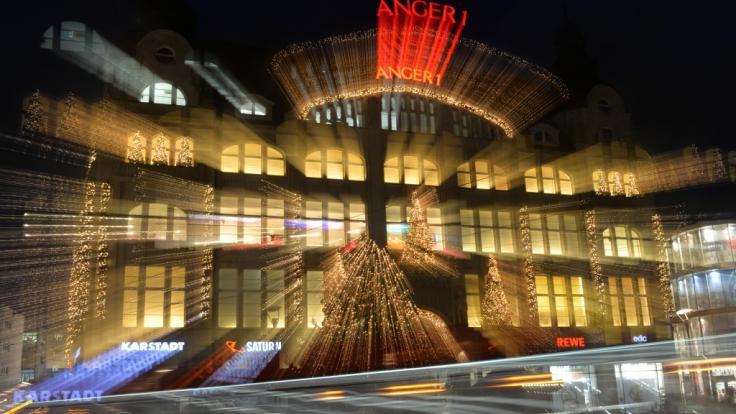 Geschenke shoppen ist einer der größten Stressfaktoren in der Weihnachtszeit. (Symbolbild)