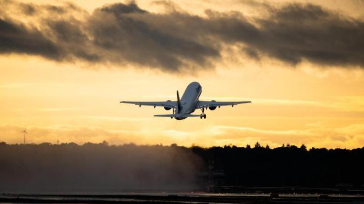 Die Bundesregierung hat die Reisewarnung für mehr als 160 Länder außerhalb der Europäischen Union bis zum 14. September 2020 verlängert.