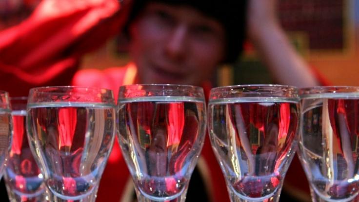 Lust auf Alkohol, aber keine Lust auf Kater?Dann sollte man besser zu Wodka statt zu Whiskey greifen. (Foto)