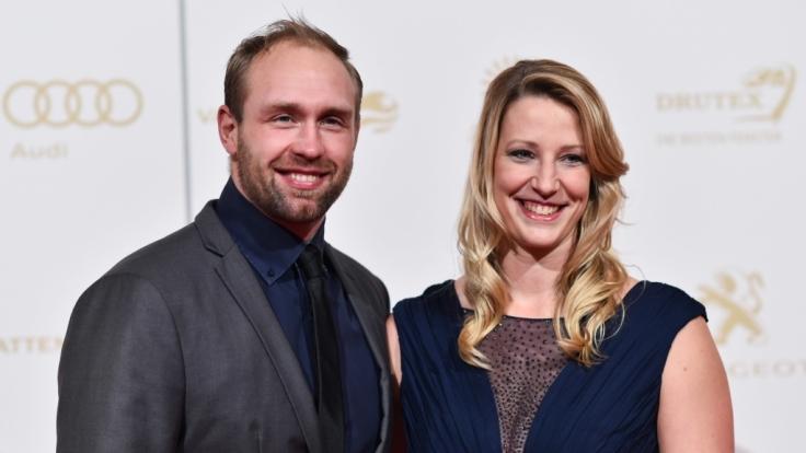 Robert Harting und seine Freundin Julia Fischer, die ebenfalls Diskuswerferin ist.
