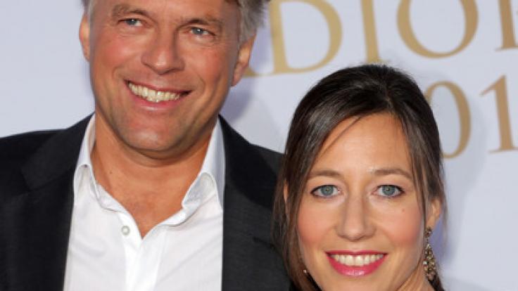 Ein Herz und eine Seele: Schauspielerin Johanna Wokalek mit ihrem Ehemann Thomas Hengelbrock, ehemaliger Chefdirigent des NDR Elbphilharmonie Orchesters. (Foto)