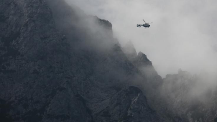Ein 42-jähriger Mann aus Köln ist am Sonntag in der Eifel bei einem Kletterunfall ums Leben gekommen. (Foto)