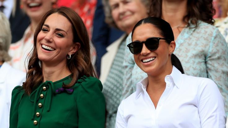 Sowohl Kate Middleton als auch Meghan Markle haben ein Händchen für Mode - doch wer ist die erfolgreichere Fashion-Influencerin?