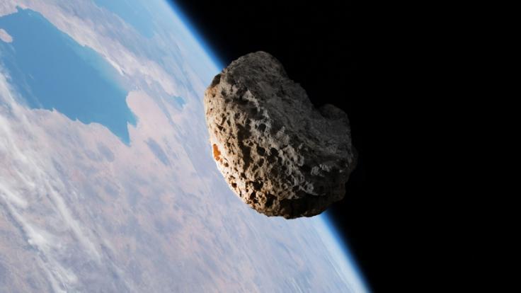 Kurz vor Pfingsten schrammt ein Asteroid ganz nah an der Erde vorbei. (Foto)