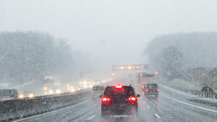 Drohen Deutschland am Wochenende extreme Regen- und Schneefälle?