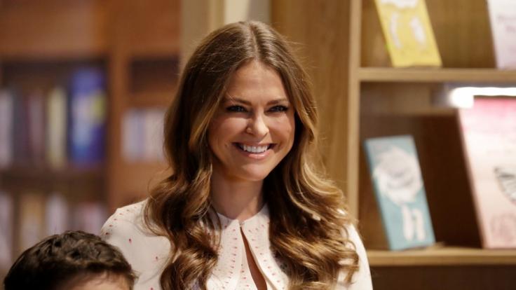 Prinzessin Madeleine kann wieder strahlen: Die Schweden-Prinzessin ist unter die Kinderbuchautoren gegangen. (Foto)