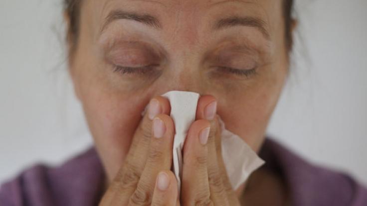 Experten befürchten eine riesige Grippewelle, die über Deutschland rollen könnte. (Foto)
