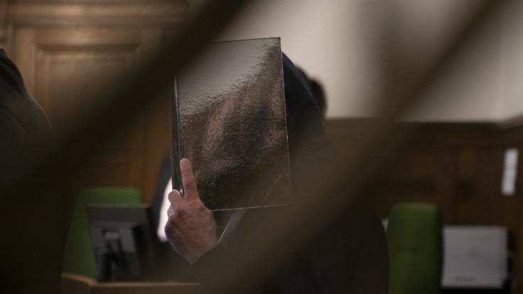 Ein des Mordes an einer 30-jährigen Berlinerin angeklagter Mann wurde in einem zweiten Prozess freigesprochen, nachdem er zwei Jahre in U-Haft verbrachte. (Foto)