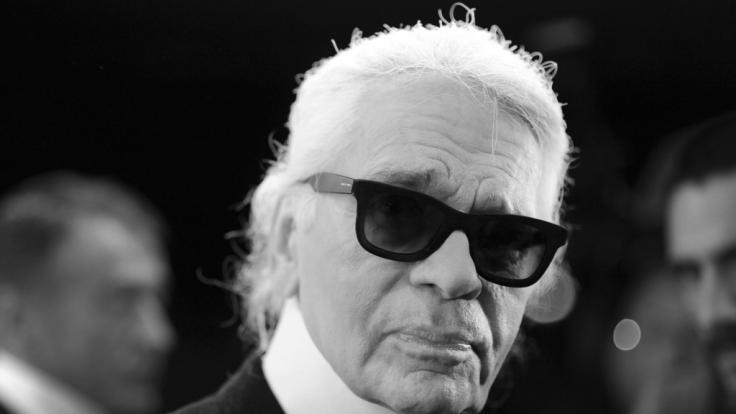 Der deutsche Modezar Karl Lagerfeld soll nach seinem Tod eingeäschert werden. (Foto)