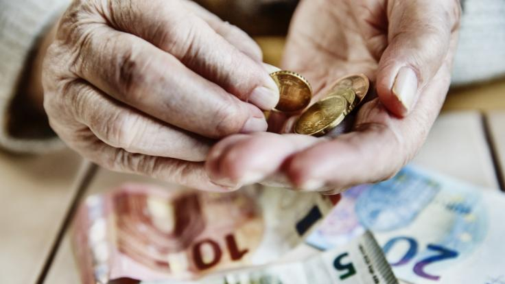 Noch immer gibt es deutliche Unterschiede bei den Rentenbezügen in Deutschland. (Foto)