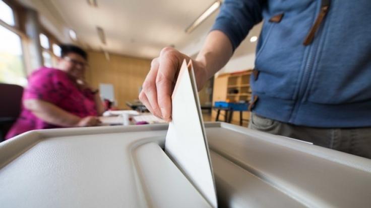 Eine Umfrage im Wahl-Musterdorf ergab in der Wahlprognose einen Sieg für die CDU.