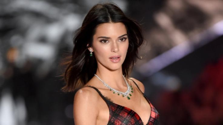 Kendall Jenner brachte ihre Fans im Bikini und Cowboystiefeln um den Verstand.