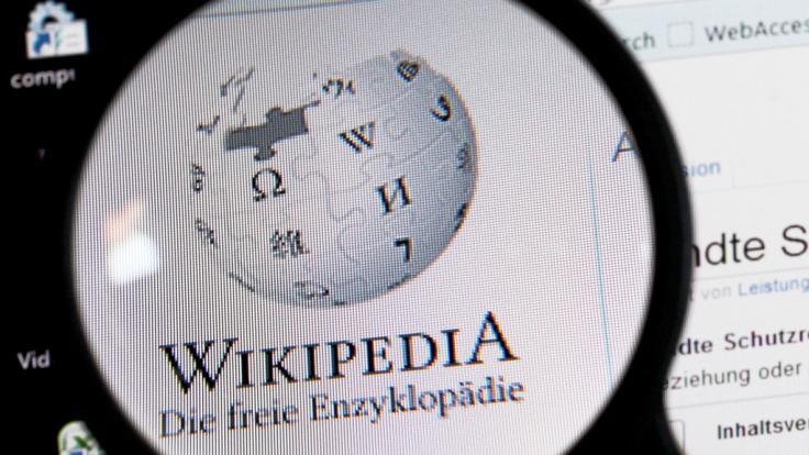 Wikipedia schaltet aus Protest seine Seite für 24 Stunden ab.