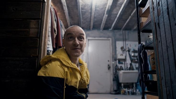 """""""Split"""" ist erfolgreich auf den ersten Platz der deutschen Kinocharts geschossen und läuft seit dem 28. Januar. (Foto)"""