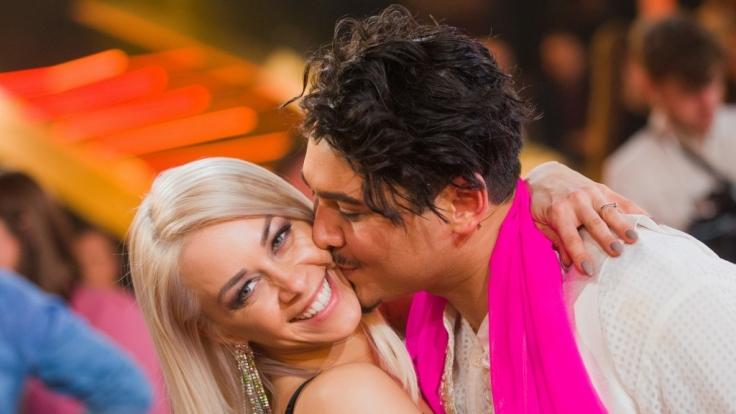 Oana Nechiti und Erich Klann sind ein Herz und eine Seele - auch wenn das Paar in der zwölften Staffel von