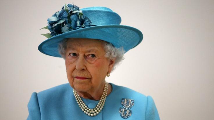 Für Queen Elizabeth II. und die britischen Royals hatte das Jahr 2020 einige Skandale und Katastrophen parat. (Foto)