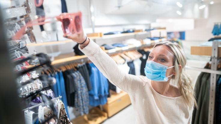 In Deutschland gilt Maskenpflicht. (Foto)