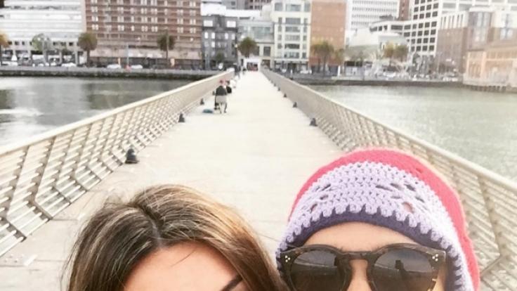 Brenton Thwaites (rechts) zusammen mit seiner Freundin, der Künstlerin Chloe Pacey, in San Francisco im US-Bundesstaat Kalifornien. (Foto)