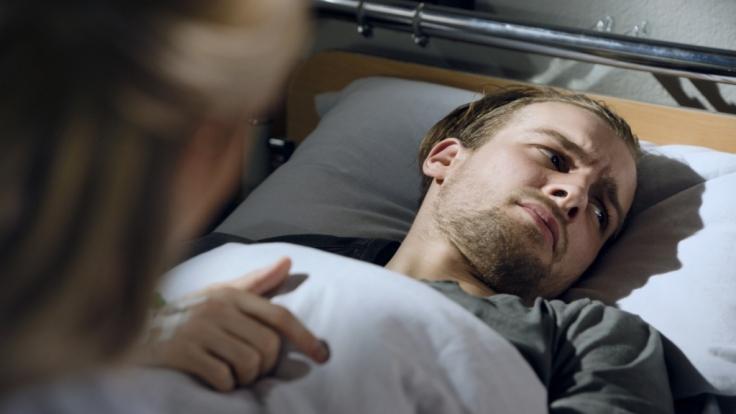 Chris (Eric Stehfest) will nicht mehr leben: Kann ihn Sunny (Valentina Pahde) vor dem drohenden Selbstmord bewahren? (Foto)