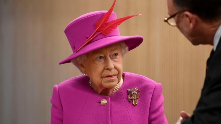 Queen Elizabeth II.: Evakuierung der königlichen Familie! Geheimplan veröffentlicht