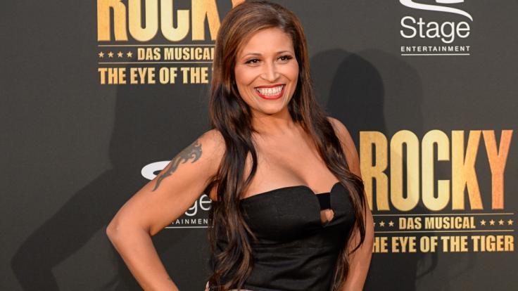 Patrica Blanco freut sich über ihre neuen Brustwarzen. (Foto)