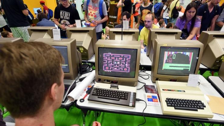 """Auf der 10. """"Langen Nacht der Computerspiele"""" laden verschiedene klassische Spielkonsolen zum Ausprobieren ein (Symbolbild). (Foto)"""
