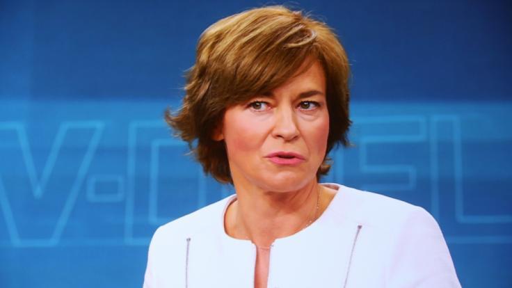 ZDF-Talkerin Maybrit Illner begrüßt an diesem Donnerstag spannende Gäste aus Politik, Medien und Wirtschaft bei sich im Studio. (Foto)