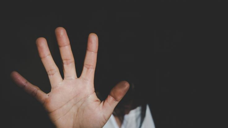 Bei einem Volksfest in Bayern wurde eine junge Frau vergewaltigt. (Foto)