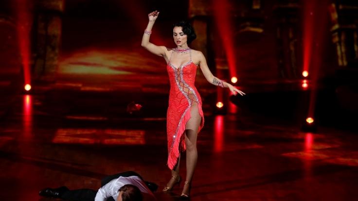 """Bernhard Bettermann und Mimi Fiedler beim Tango Argentino in der RTL-Show """"Stepping Out"""". (Foto)"""