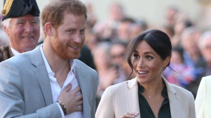 Herzogin Meghan und Prinz Harry in Sussex. (Foto)