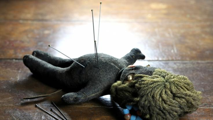 Das Mädchen starb bei einem Nadel-Ritual. (Foto)