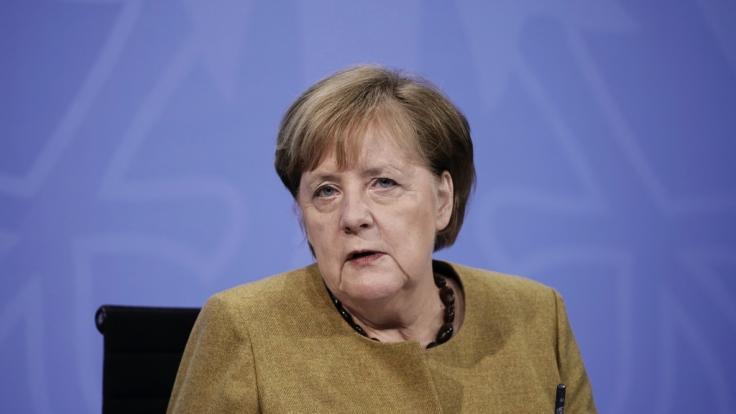 Bundeskanzlerin Angela Merkel warnt vor einem möglichen Lockdown bis kurz vor Ostern.
