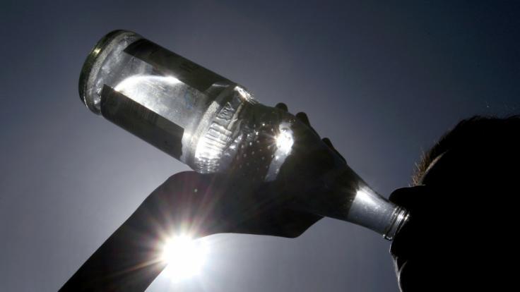 Ausreichend Wasser ist während der aktuellen Hitzewelle besonders wichtig. (Foto)