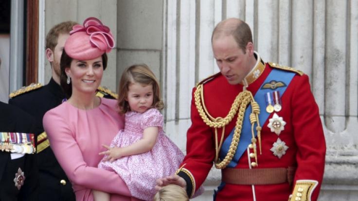 Herzogin Kate hat fast immer Prinzessin Charlotte auf dem Arm.