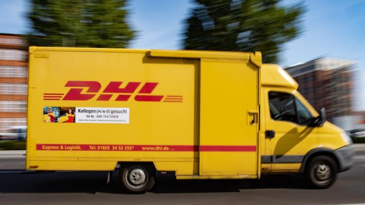 Mit Fake-SMS werden DHL-Kunden gerade abgezockt. (Symbolfoto) (Foto)