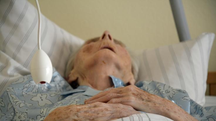 In einem Altenpflegeheim wurden mehrere demenzkranke Frauen von einem Bewohner vergewaltigt. (Foto)