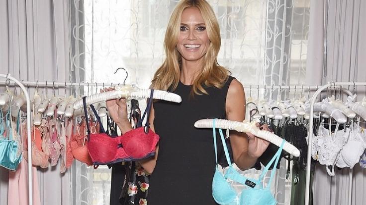 Heidi Klum freut sich über ihre Unterwäsche-Kollektion. (Foto)