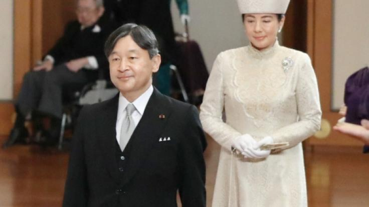 Japans Kronprinz Naruhito, hier mit seiner Frau Kronprinzessin Masako, wird nach der Abdankung seines Vaters Kaiser Akihito zum neuen Tenno. (Foto)