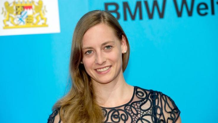 Anna Schaffelhuber ist als Monoskibobfahrerin nicht zu bremsen und trotz Querschnittslähmung ein Ass im Wintersport.