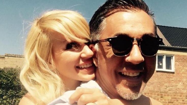 Mike Leon Grosch kann voll auf die Unterstützung seiner Frau Jasmin zählen. (Foto)