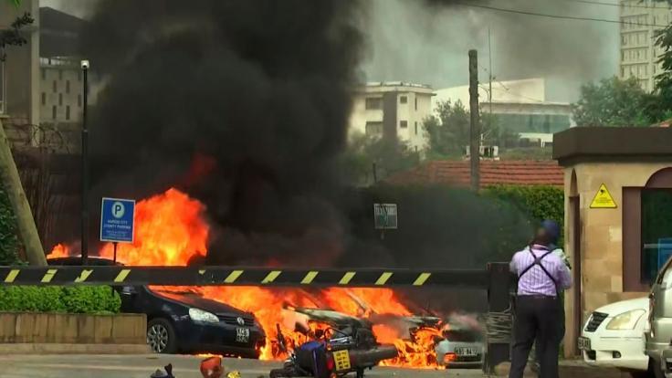 Dieser Ausschnitt aus dem Video zeigt eine Szene einer Explosion in Kenias Hauptstadt.