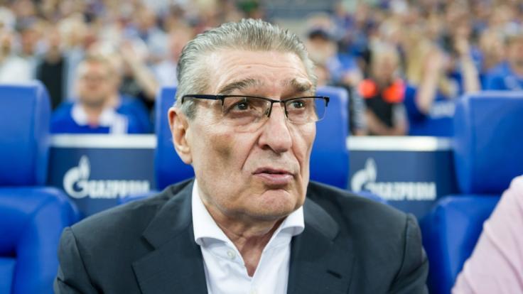 Schalke-Legende Rudi Assauer ist mit 74 Jahren gestorben.
