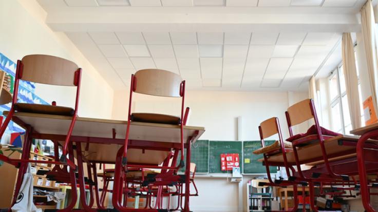 Sollten leistungsschwache Schüler die Klassenstufe freiwillig wiederholen? (Foto)