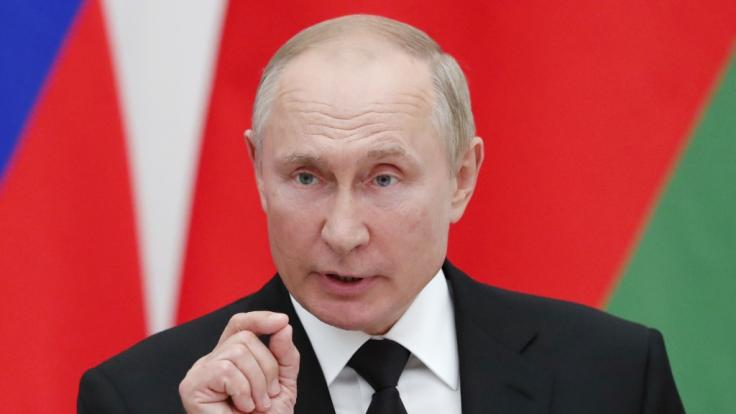 Russlands Präsident Wladimir Putin wird nächste Woche auf dem Militärübungsplatz erwartet. (Foto)