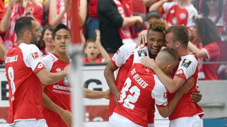 Heimspiel FSV Mainz 05: Die aktuellen Spielergebnisse der 1. Fußball-Bundesliga bei news.de.