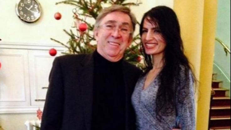 Colin Turnbull und seine Geliebte Rozina Khanim hatten Sex im Klassenraum.