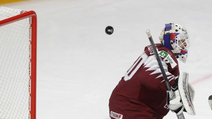 Lettlands Nationaltorhüter Matiss Kivlenieks, der zuletzt bei den Columbus Blue Jackets in der NHL unter Vertrag stand, ist mit nur 24 Jahren gestorben. (Foto)