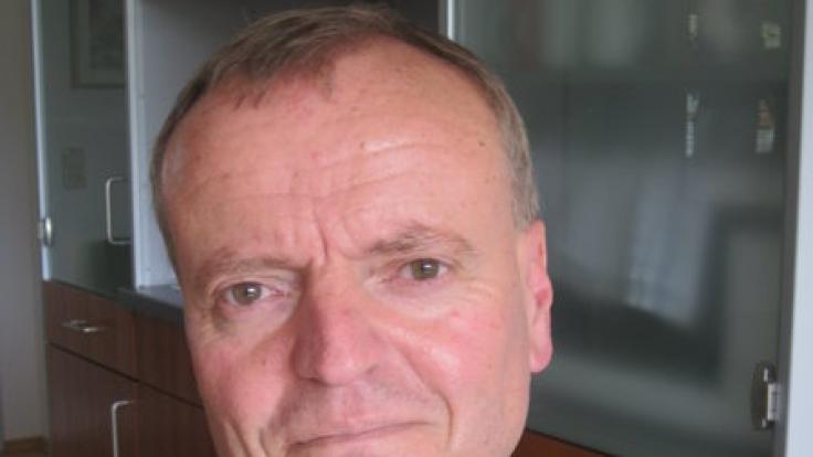 Der Hirnforscher Manfred Spitzer sorgte 2012 mit seinem Buch «Digitale Demenz» für Schlagzeilen. Er sieht vor allem für Kinder und Jugendliche die Gefahr, wegen der starken Digitalisierung früher an Demenz zu erkranken.