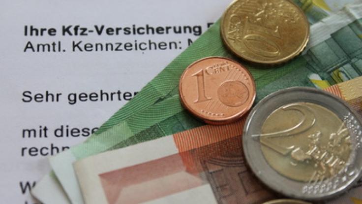 Ende November ist wieder Stichtag - Grund genug, nach günstigen Kfz-Versicherungen Ausschau zu halten. (Foto)