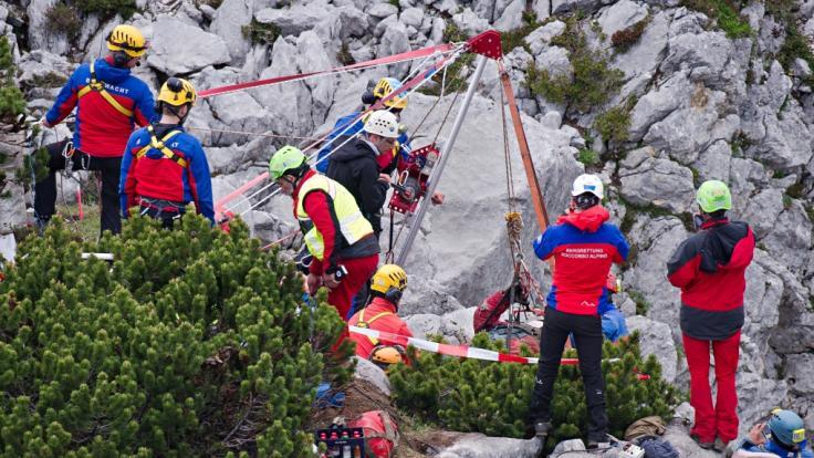 Am Wochenende sind ein Mann aus Hessen und ein Wanderer aus Bayern bei Wanderunfällen in den österreichischen Alpen und in der Schweiz tödlich verunglückt (Symbolbild). (Foto)